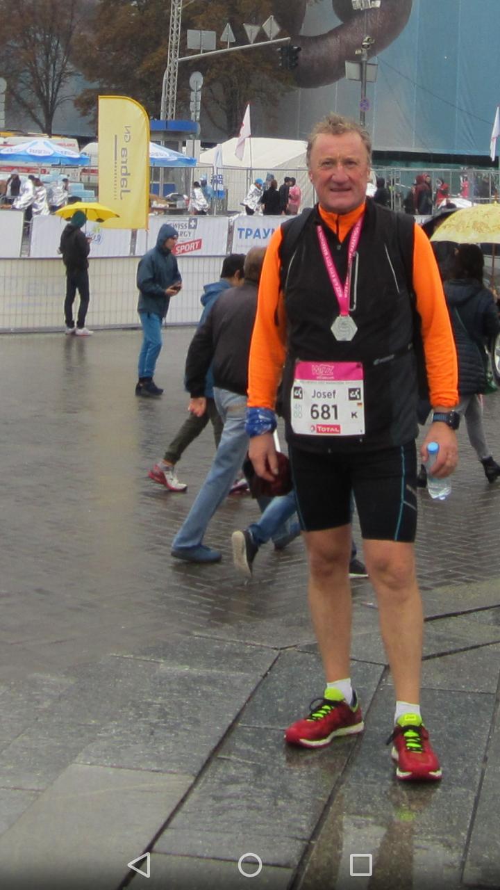 Josef König finisht den Kiew Marathon  am 8.10.2017
